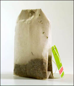 Green tea is a great liver cleansing herb: Picture of teabag.