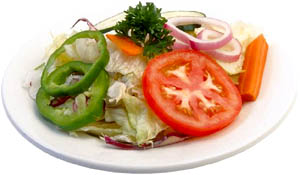 Include raw vegtables into your fatty liver diet: Raw food salad picture.
